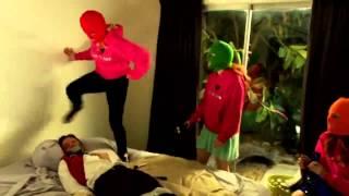 Холостячки в Вегасе (2014) - Трейлер [HD]