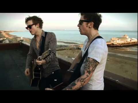 McFly - Falling in love