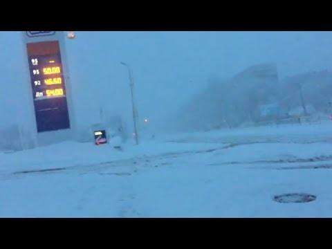 замело снегом Луганск