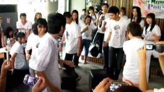 Porshe Saran ♥เล่นเก้าอี้ดนตรี  Meeting Porsheclub 2