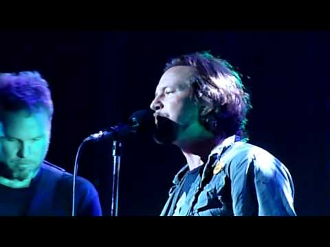 Pearl Jam  with Chris Cornell - Hunger Strike