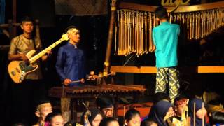 Saung Angklung Udjo (Bandung - Indonesia) Part 2