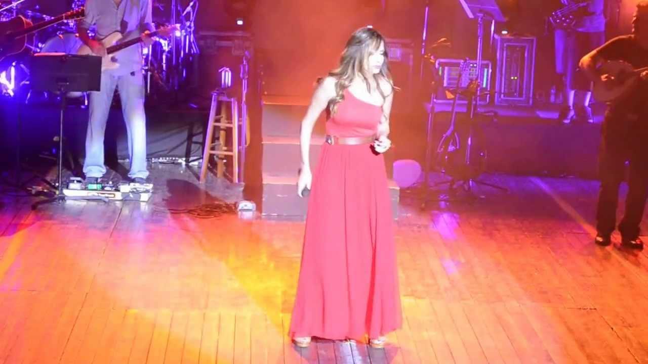 Άννα Βίσση - Απόλυτο Κενό, Λάρνακα, Περιοδεία Άννα Με Πάθος (29/07/2013)