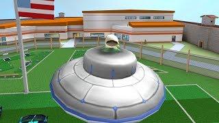 FLYING A UFO IN ROBLOX JAILBREAK..