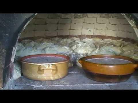 faire-son-pain-dans-un-four-au-feu-de-bois