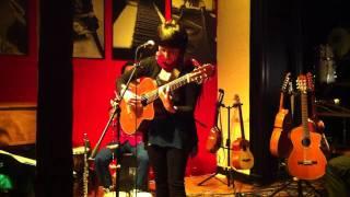 Elizabeth Morris trio - ANGELITA HUENUMAN (Victor Jara)