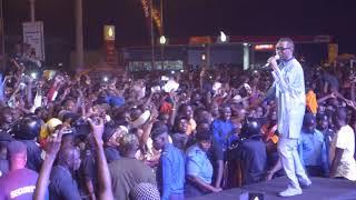 Show tout chaud! Youssou Ndour liquéfie la Gambie