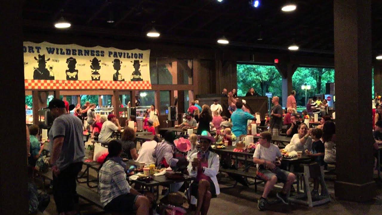 Mickey Backyard Bbq mickey's backyard bbq - walt disney world - youtube