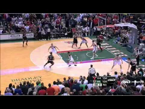 Derrick Rose Buzzer Beater vs Bucks 3/7/12 (Stacey King)