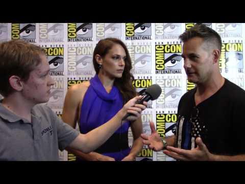 Colony - Adrian Pasdar/Amanda Righetti - Exclusive SpoilerTV Comic Con 2016 Interview