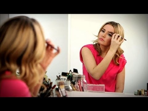 The 5 Worst Beauty Mistakes | Makeup Tips | Beauty How To