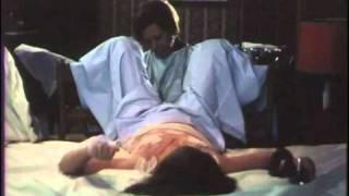 Repeat youtube video A Santa Aliança de Eduardo Geada; cena do aborto; Lia Gama; Adelaide João.mpg