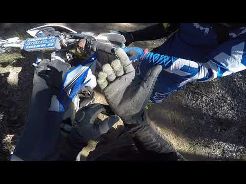 Metro Road WR450F I crash again, guys jumping dirt bikes 20.5.18