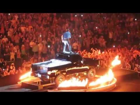 That' My Kind of Night- Luke Bryan Tour 2015 Orlando, Florida