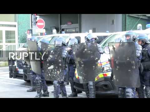Live: Student back public-sector strike in Nantes