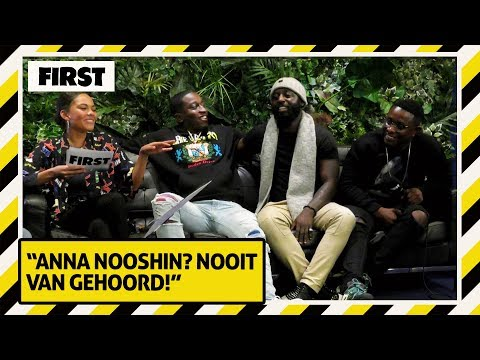 DE FELLAS, FAJAH & QUEEN OF JETLAGS spelen WIE BEN IK? | FIRST LIVE