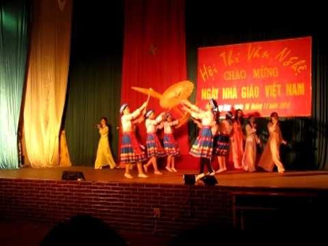 Múa- cô giáo về bản - trường CĐSP- lạng sơn