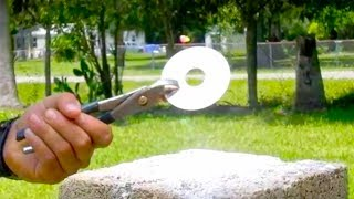 Erase a Hard Drive with the sun Fresnel Lens TOTAL DESTRUCTION Solar Scorcher style