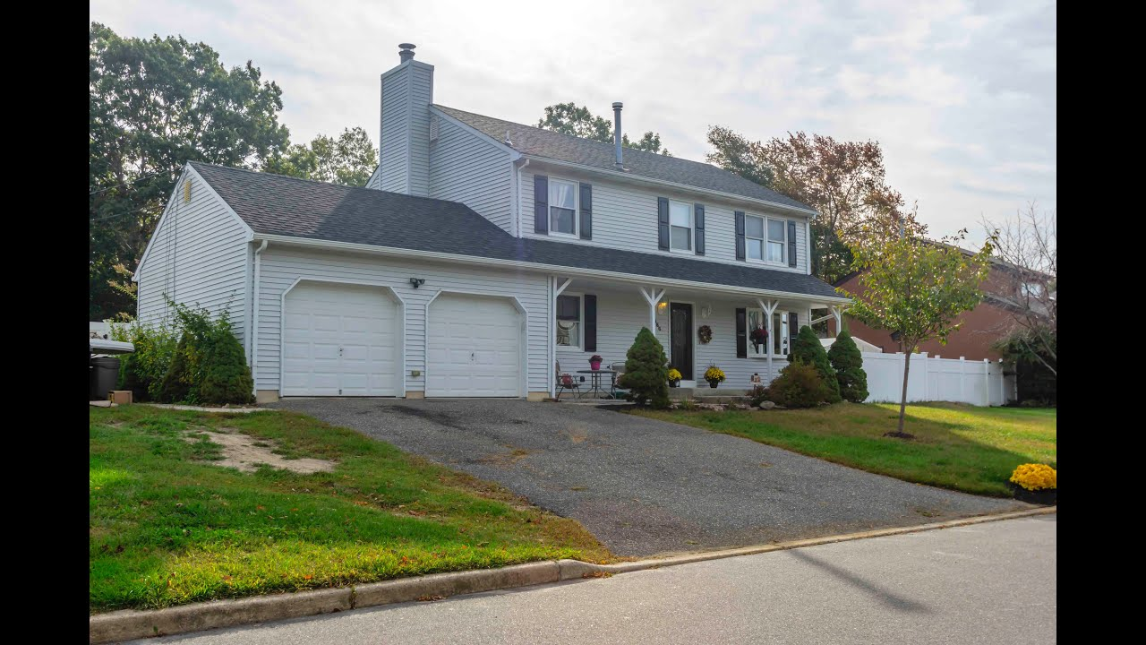 Tour this home at 886 fairview dr toms river new jersey 08753