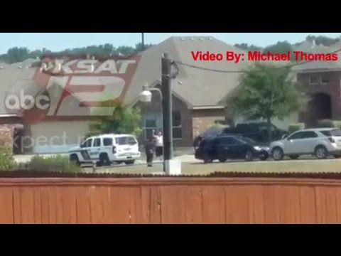 Texas Police Fatally Shoot Man With Hands Up in Video