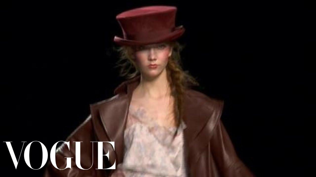 Fashion Show - Christian Dior: Fall 2010 Ready-to-Wear