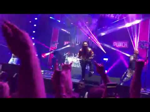 Five Finger Death Punch - Ain't My Last Dance feat. Aaron Pauley of Of Mice & Men (Luxembourg 2017)