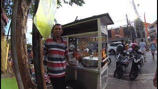 Indonesia Bali Street Food 1811 Part.2 Brother Doel Meatball Bakso Mas Doel  YN010847