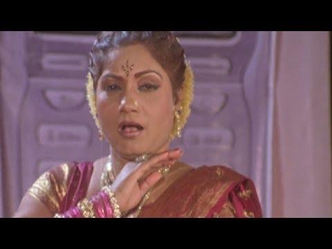Tumacha Mobile Wajato Khana Khana - Surekha Punekar, Lai Bhannat Lavani Song