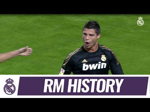 Relive Cristiano's stunning goal against Málaga!