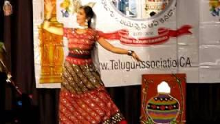 Dance for Bhor Bhaye Pangat pe from Satyam Shivam Sundaram -