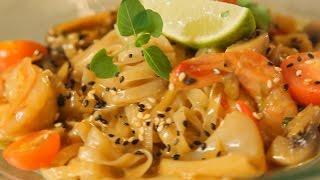 рисовая лапша с морепродуктами в кокосовом соусе. Рецепт от шеф-повара