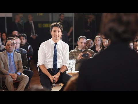 Trudeau answers English question in French because