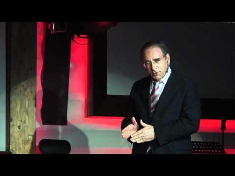 Cómo comunicar siempre con eficacia: Ángel Lafuente at TEDxCanarias