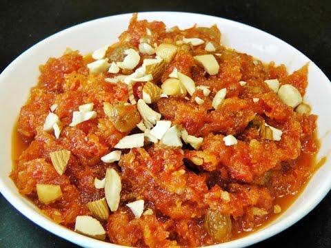 गाजराचा हलवा | Gajar ka Halwa | Carrot Halwa by madhurasRecipe