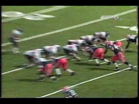Michael Turner burns past the Illini for a big gainer (2001)