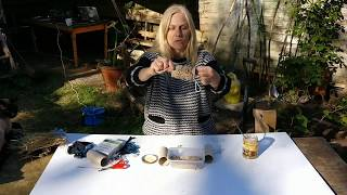 How to make homemade bird feeders and nest building materials