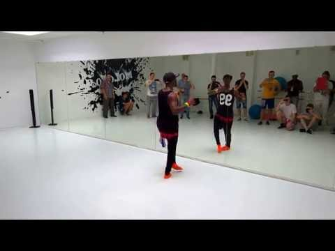 Vitor Tavares Mendes - Ghetto Zouk Dance Men Styling -  Foot work Advanced step by step