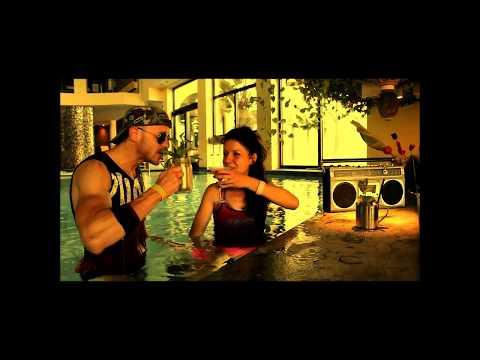 SUBEME LA RADIO - Enrique Iglesias - Choreo ZUMBA (R) Fitness by Zumba with Ale&Chiara