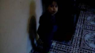 Júnior e a dança da Norminha de Caminho das Índias