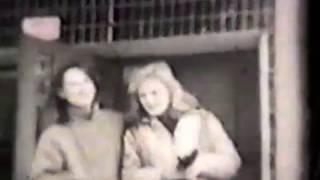 видео Волосатая пизда со светлыми волосами