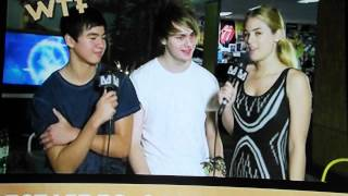 5 seconds of summer channel v interview calum and michael