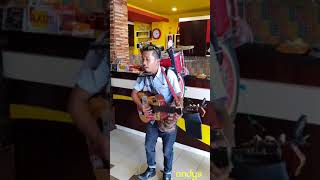 Video Goyang Maumere by pengamen unik dan keren download MP3, 3GP, MP4, WEBM, AVI, FLV Juni 2018