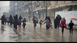 أخبار عربية  -اشتباكات متواصلة وقصف مستمر في محاور عدة بوادي بردى
