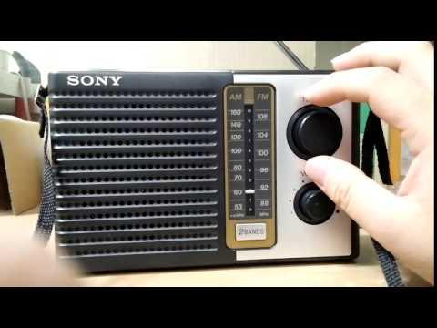 Sony ICF-F10 Retro Style Radio