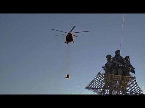 Вертолеты над Кремлём.
