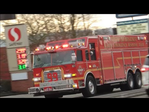 Seattle Fire Marine Response Truck responding with Engine 36