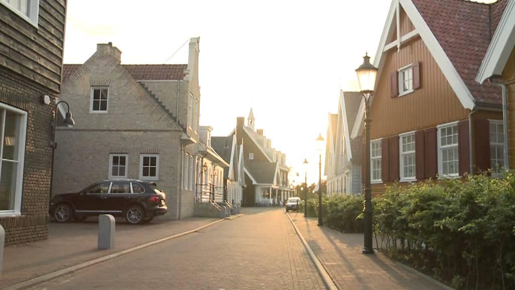 Restaurant Dickens Huizen : Nautisch kwartier huizen nh youtube