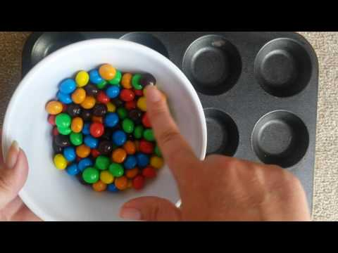 ~*ASMR M&M Sorting by Colour Whisper*~