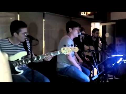 Coldplay - Yellow. Acoustic cover by ICONS feat. ARIEL Noah