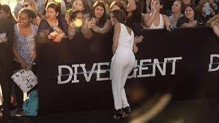 Chelsea Gilligan DIVERGENT World Premiere Arrivals #StarCrossed